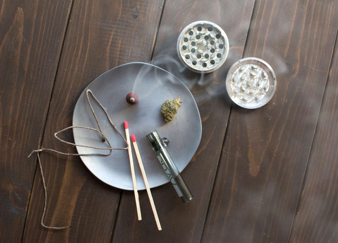 incense-taster-grinder-thrive.jpg