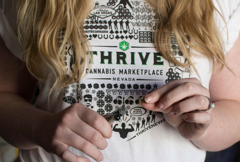 shirt-loading-taster-thrive.jpg