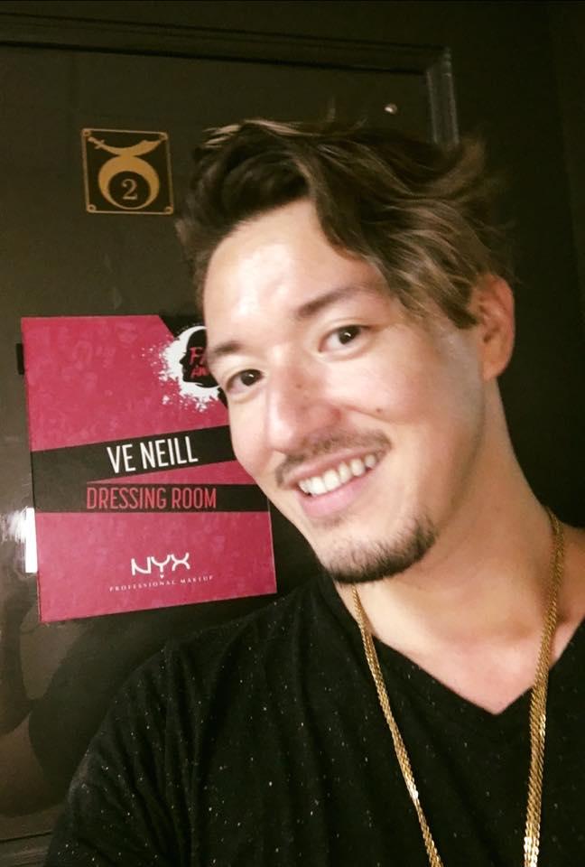 selfie in front of Ve Neill's dressing room