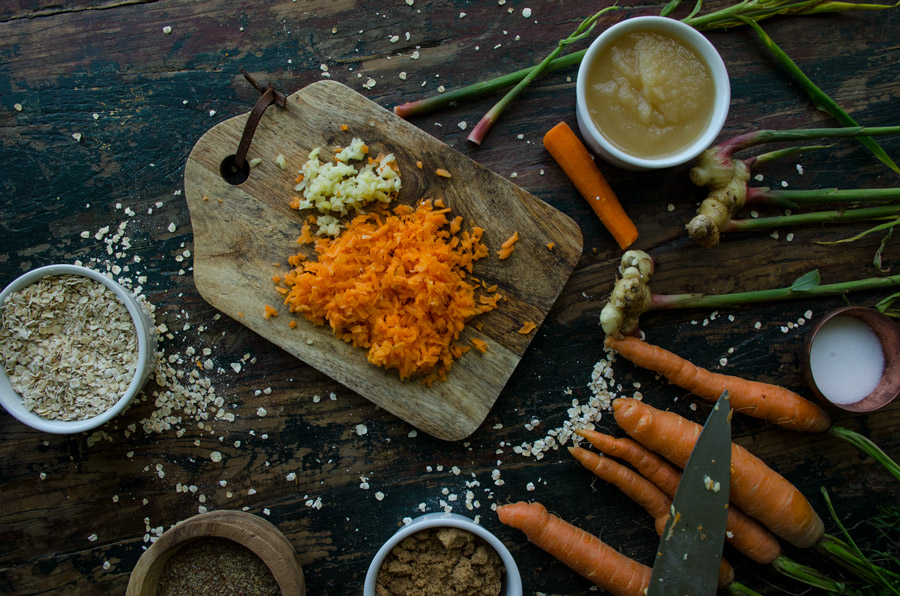 jarrybriefs_carrot_ginger_muffins_6853_900px.jpg