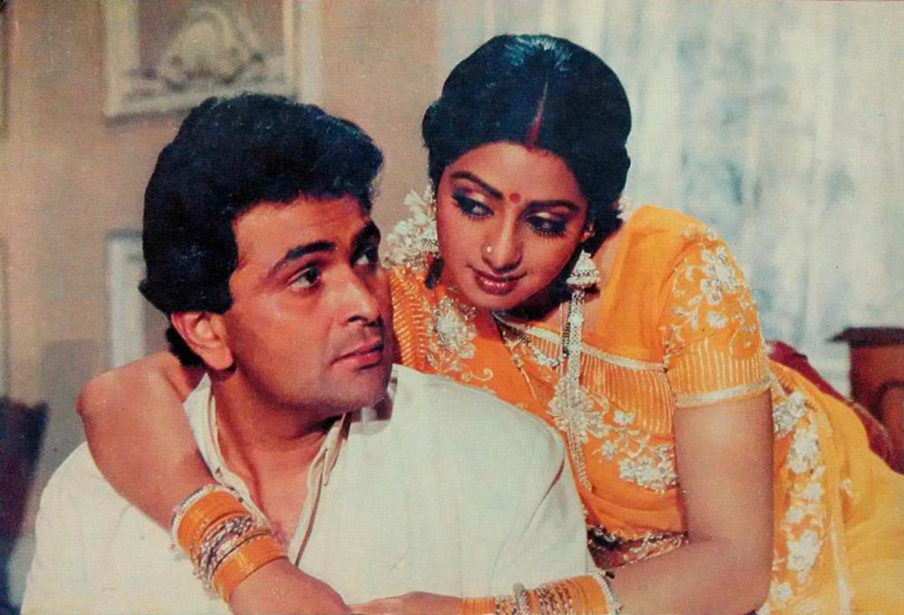 Sridevi and co-star Rishi Kapoor in  Nagina , 1986