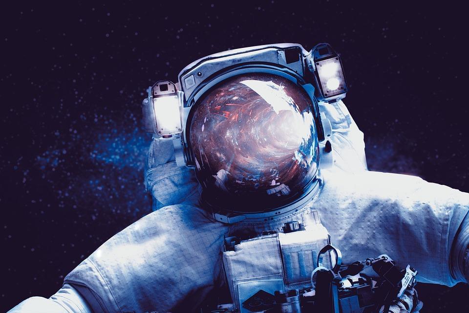 astronomy-3161858_960_720.jpg