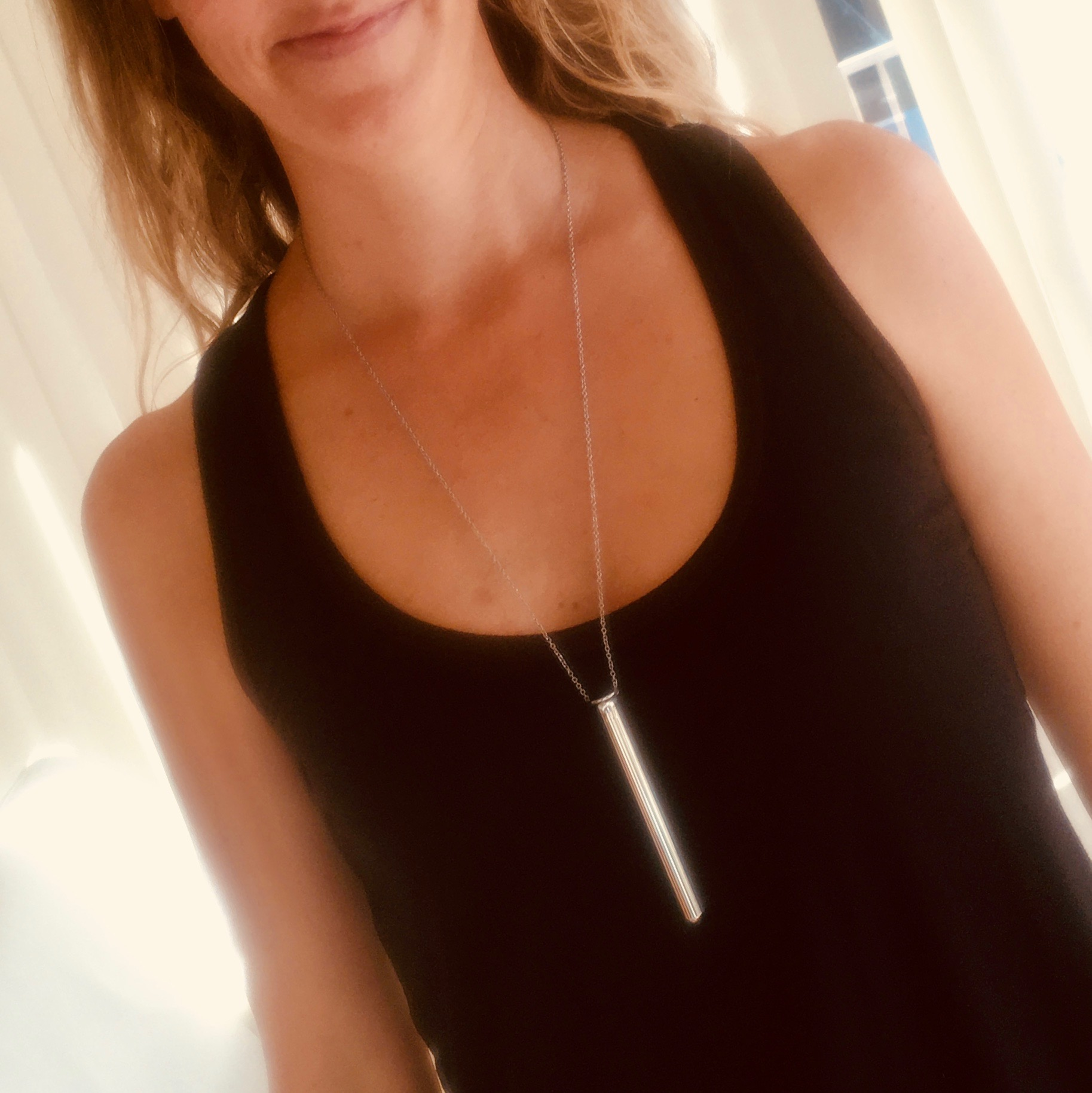 Sneaky Vibrators - I turn myself on when... I wear my vibrator necklace.I am in love with this powerful little necklace. It's fun knowing I'm out in public wearing a vibrator, both because most people don't know what it is, and because some people do know what it is.