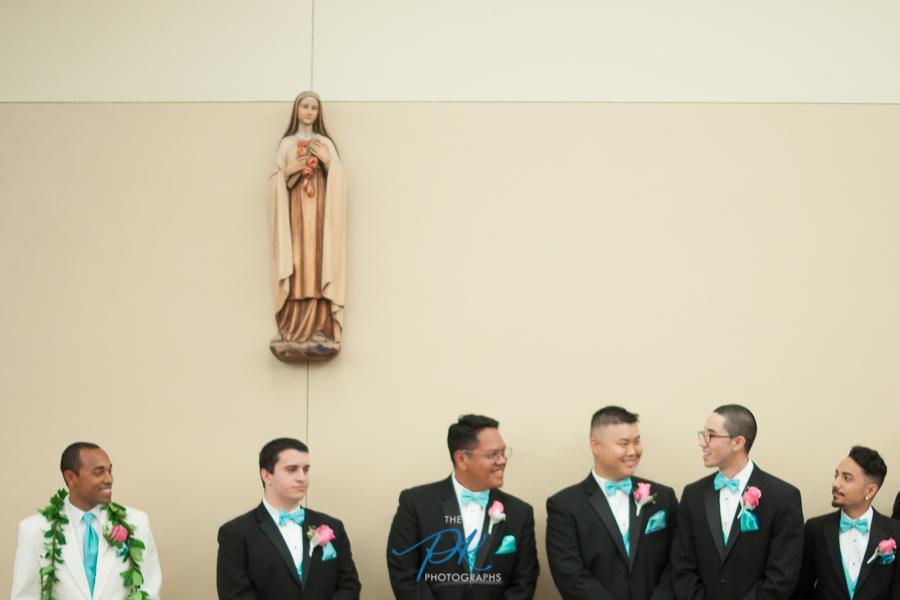 Groom and groomsmen Before the Ceremony - San Antonio Wedding Photographer