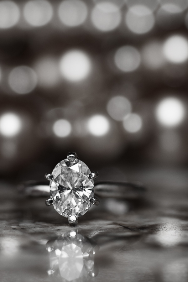 Engagement Ring at the Lodge at Country Inn Cottages | San Antonio Wedding Photographer