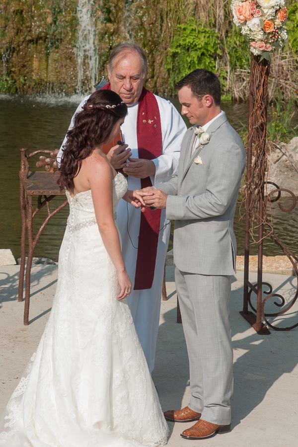 Wedding Ceremony at The Lodge at Bridal Veil Falls | San Antonio Wedding Photographer