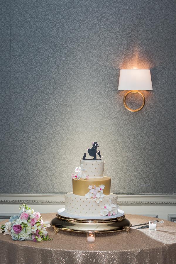 Wedding Cake | San Antonio Wedding Photographer