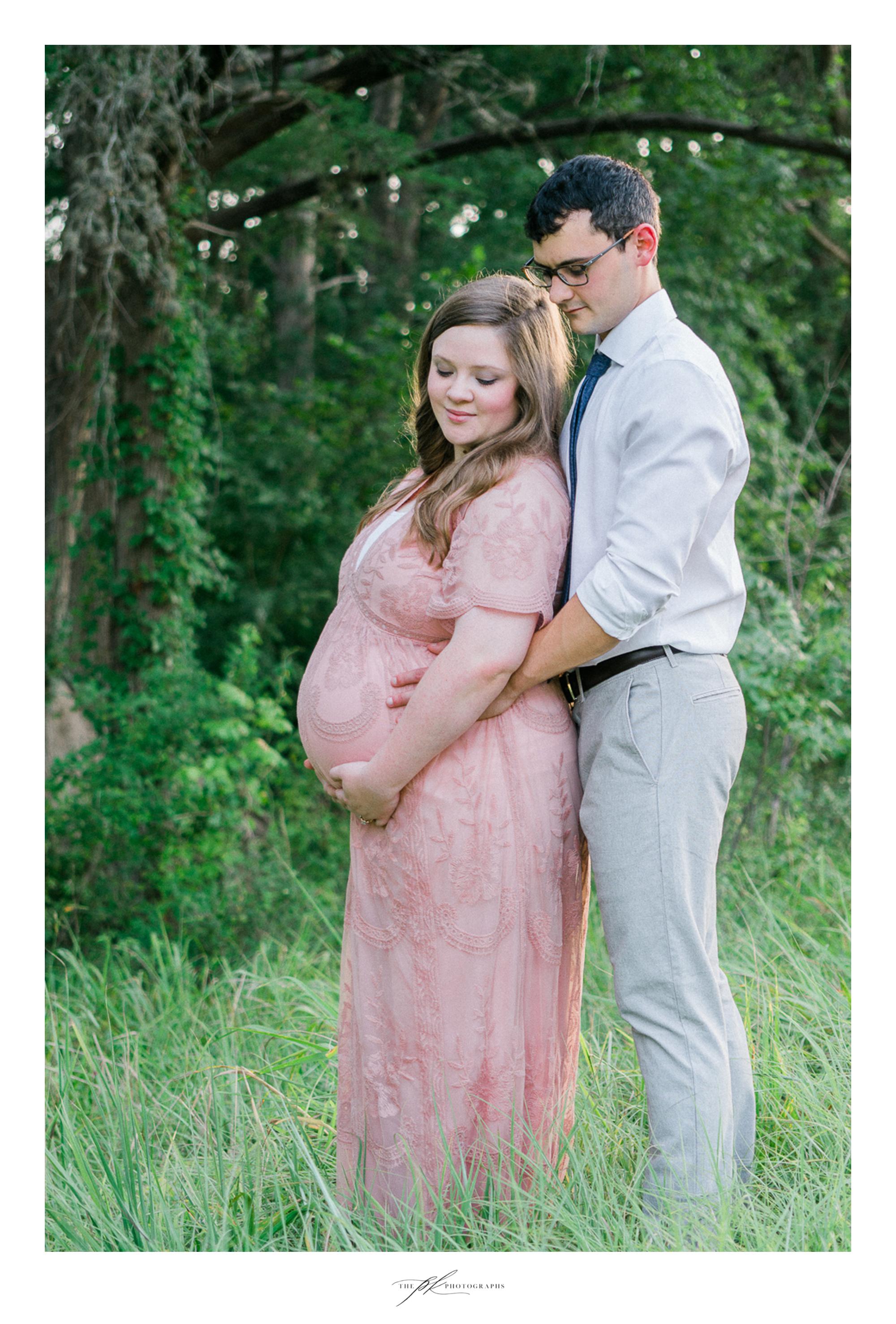 Maternity Portrait session near San Antonio, Texas.