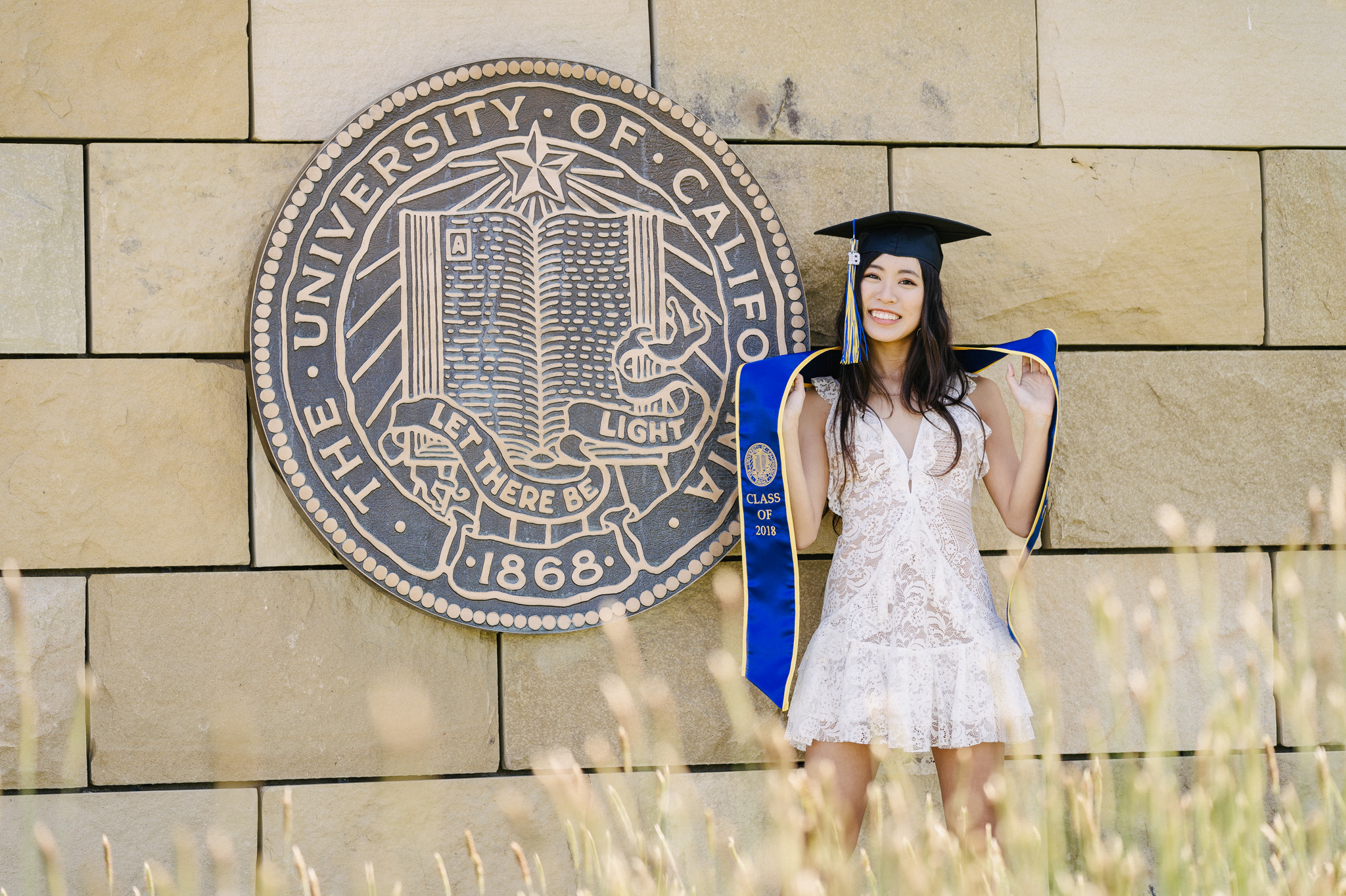 [5-16-2018] Vi's Graduation Photoshoot11.jpg