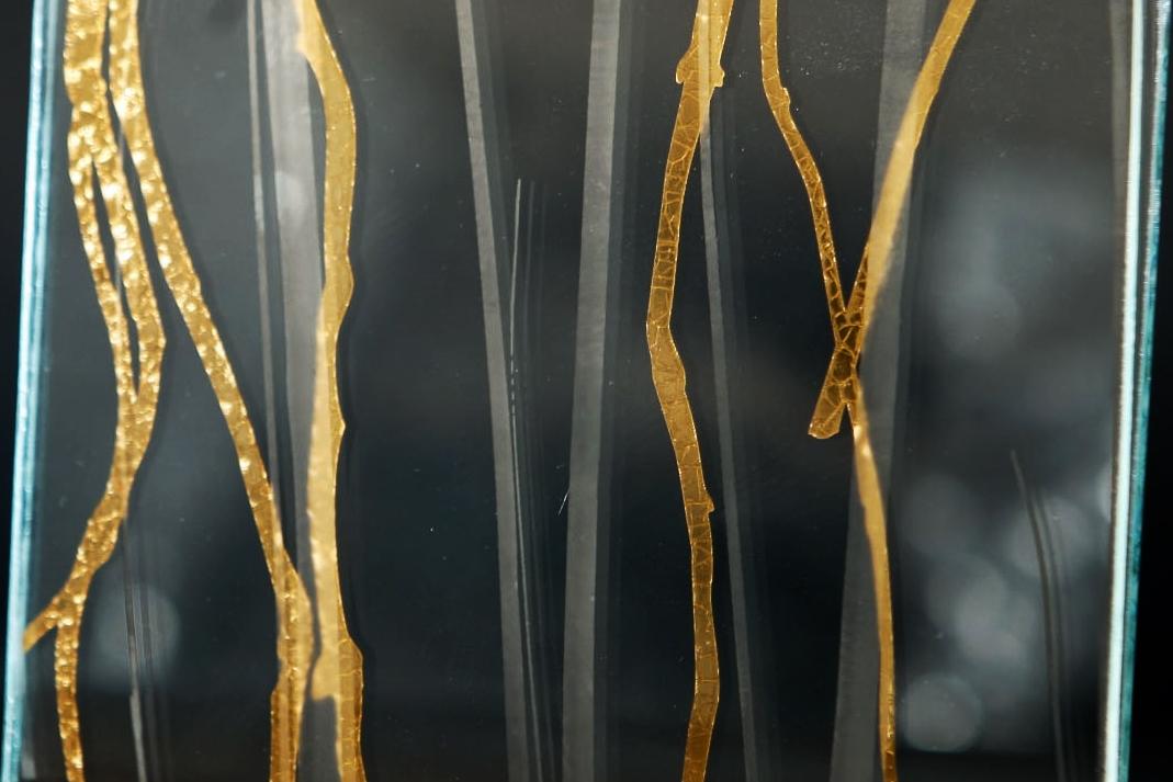 Sakura in Mirror/Coppergold    Beargrass in Luna