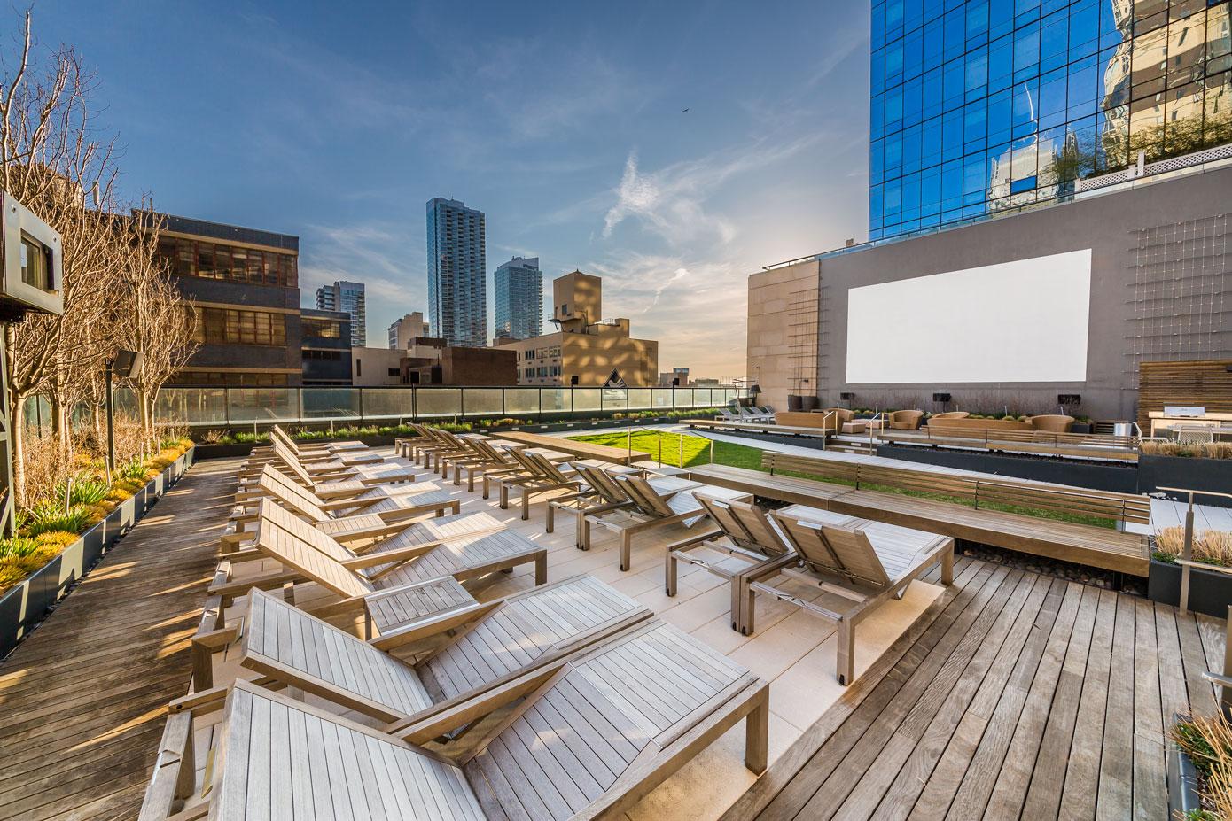 6.-Outdoor-Theatre-Lounge.jpg