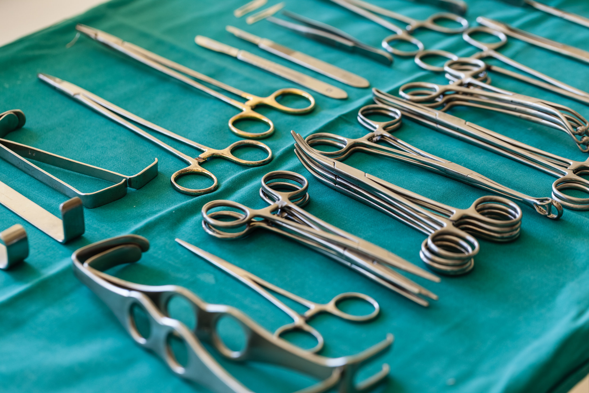 Set-Up-For-Surgery-66697135.jpg