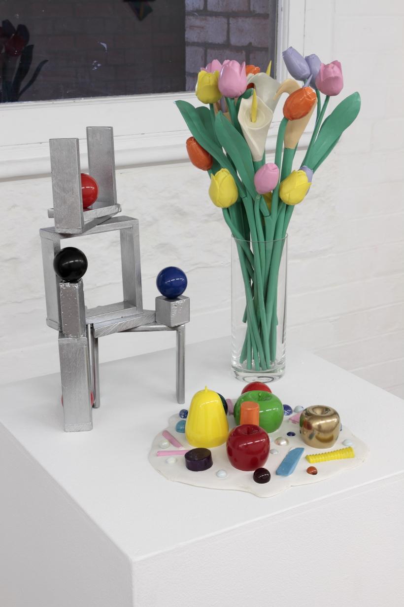 kidd_2013_Silver sculpture with billiard balls_Floral arrangement and Sculpture party.JPG