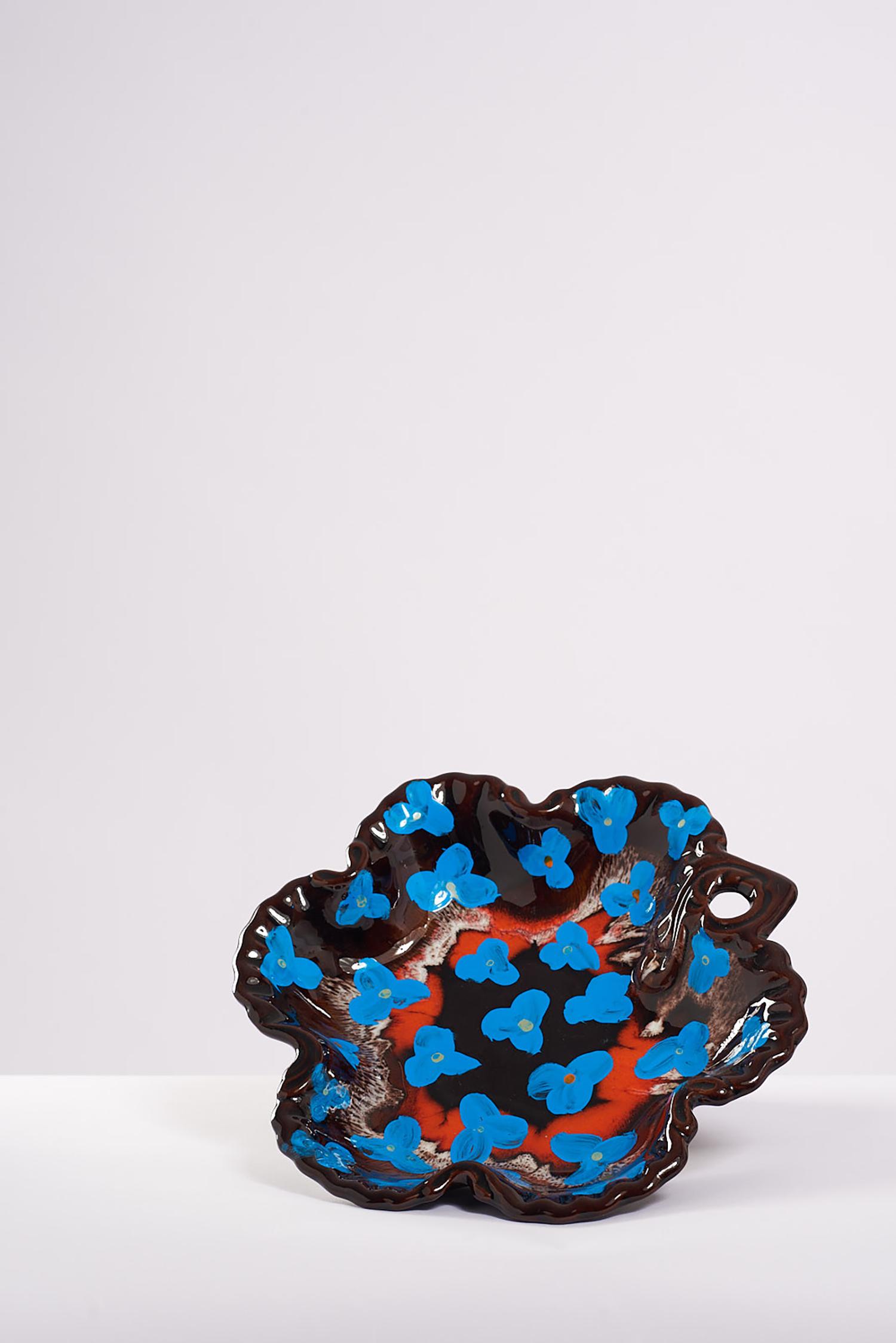 Blue flower bowl