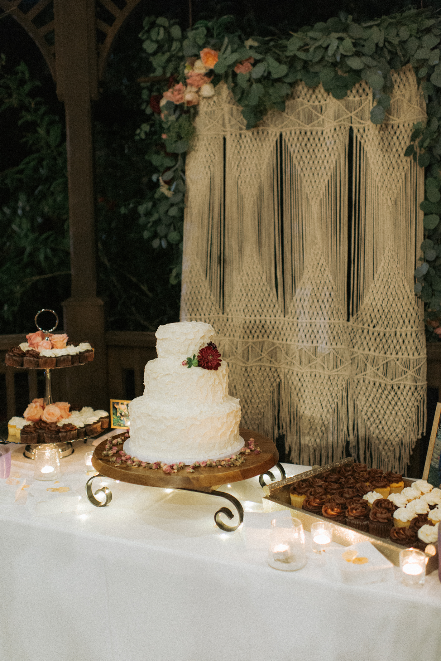 California Garden Wedding By Elegant Wedding Cakes Simple
