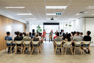 thumb_sm-audience-one-point-welcome-presentation-MELB.jpg