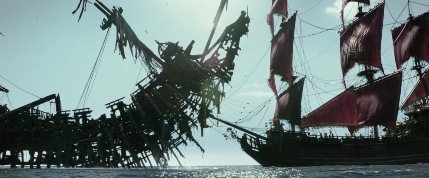 The effects are as computerized and Amazing as ever. Salazar's ship eats other fucking ships.