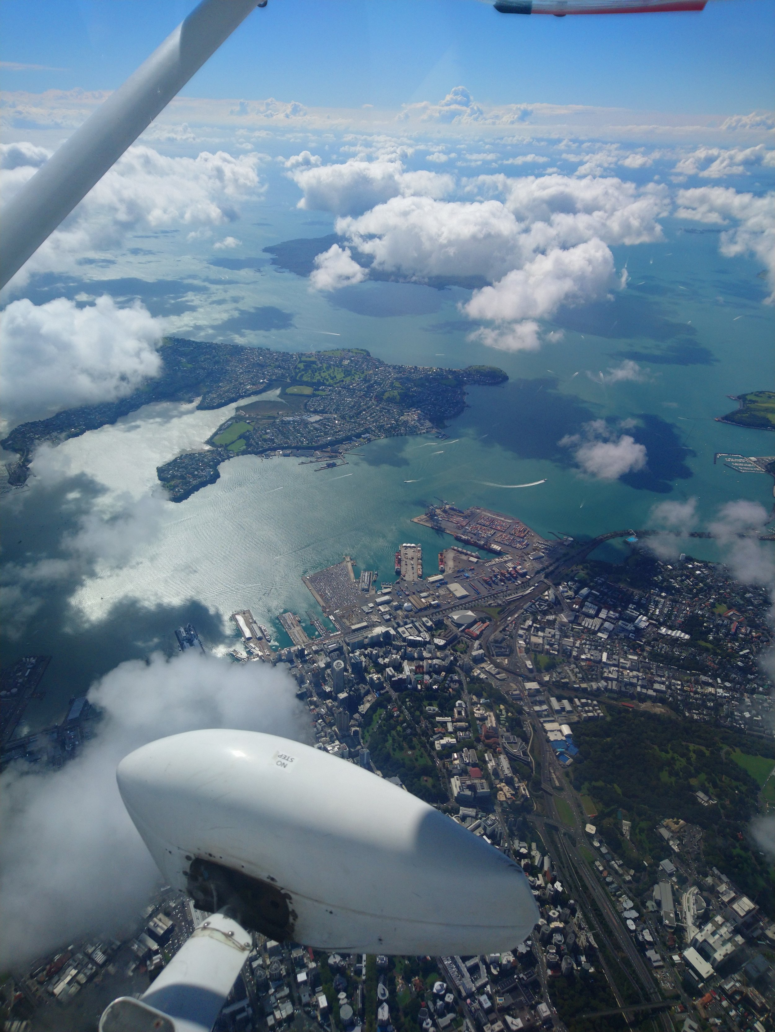 Auckland 7000.jpg