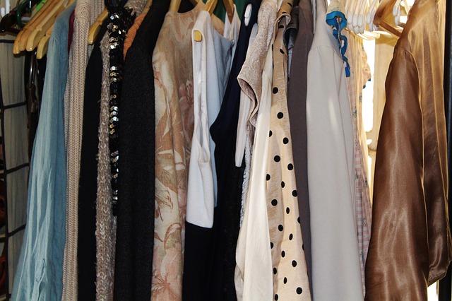 womens-clothing-483833_640.jpg