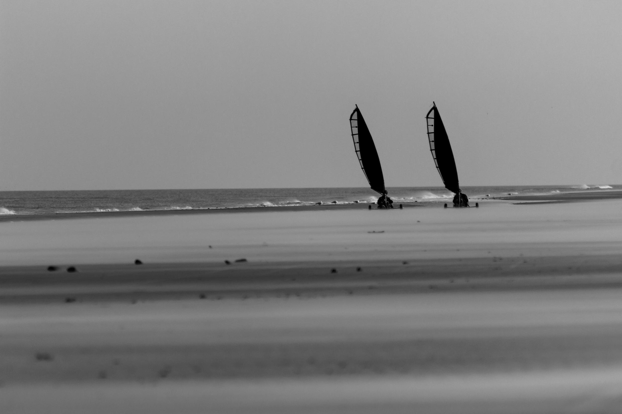 Beach fun black & white.jpg