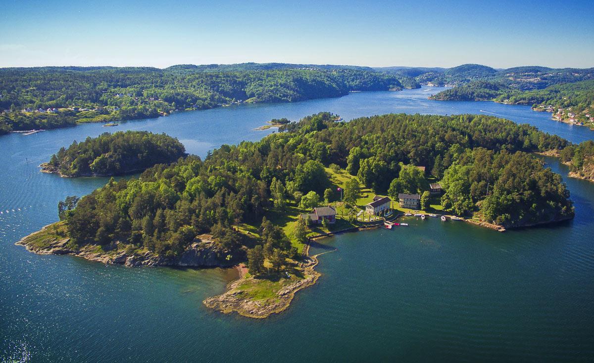 Furøya sett fra luften.Foto: Atle J. Goutbeek.