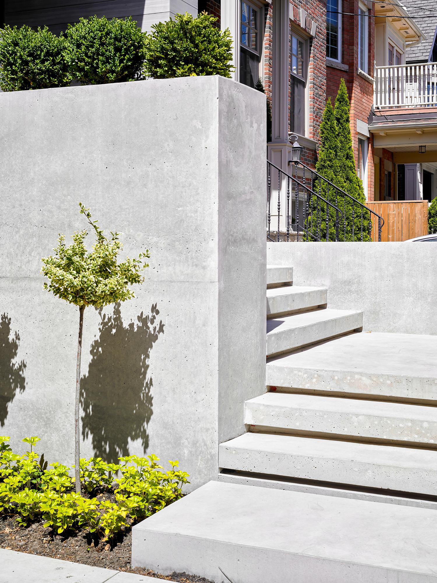 Atrium_2_Landscape.jpg