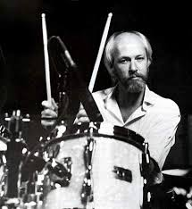 Russ Kunkel,via  drummerworld.com