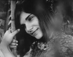 Singer songwriter Ruthann Friedman. Image via  theartsdesk.com .
