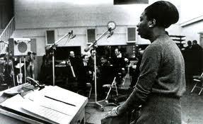 Simone in the studio. Image via  ninasimone.com .