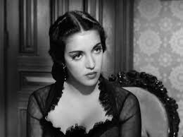 Katy Jurado as Helen Ramírez in  High Noon .  Image via    mygeekblasphemy.com .