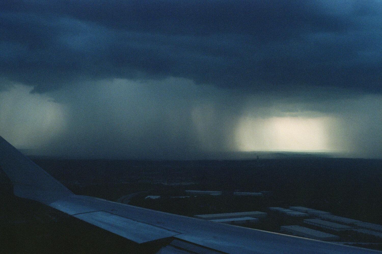 delgadoairplanestorm003_COPY.jpg