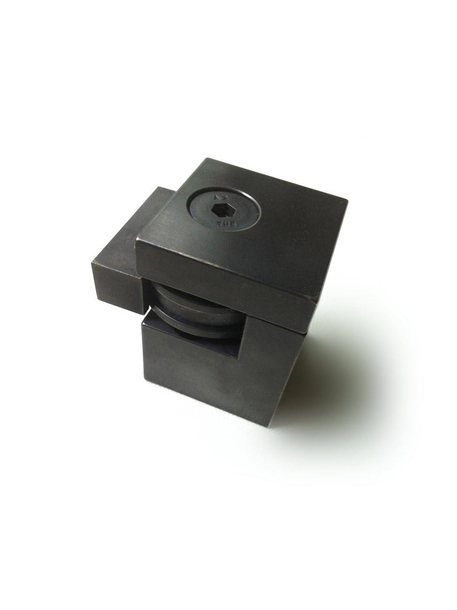 HB 720 : Magnetic Door Stop