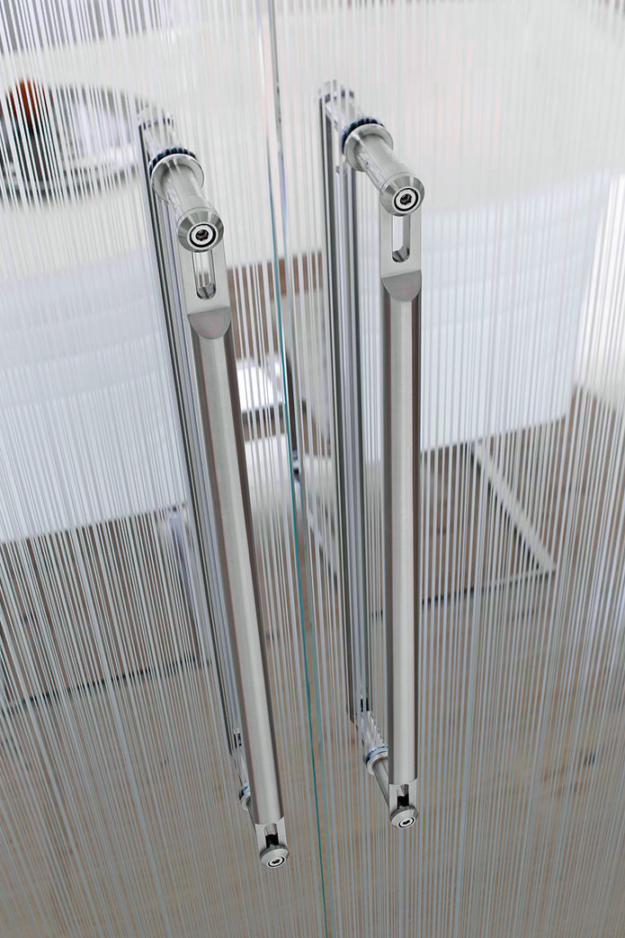 DOOR PULLS + HANDLES