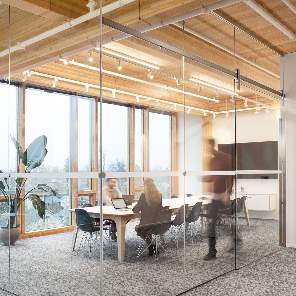 RAGNAR-lever-architecture-office-1_preview.jpg