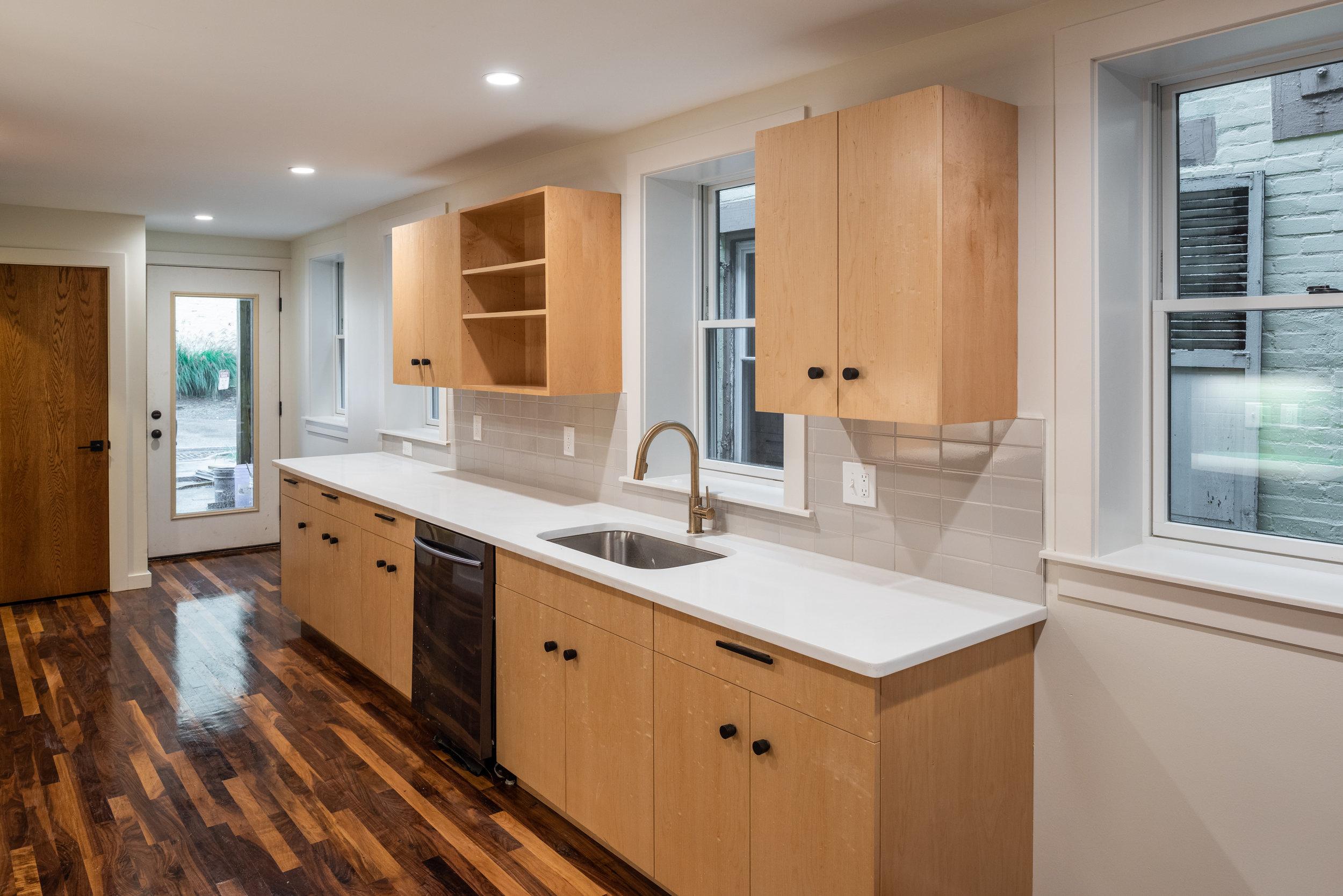 1426 Main kitchen 1.4.jpg