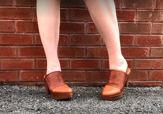 Shoe C.png