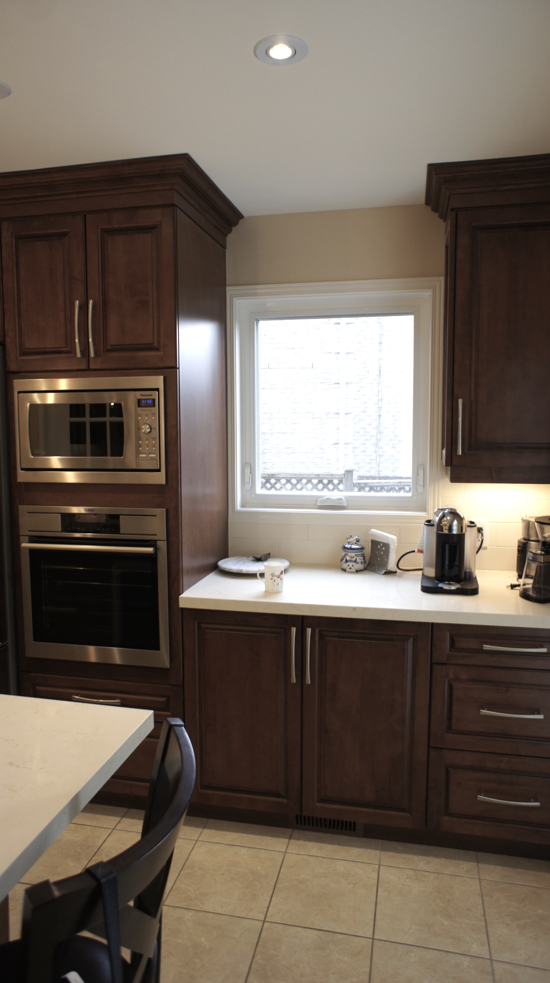 Spacious traditional kitchen.jpg