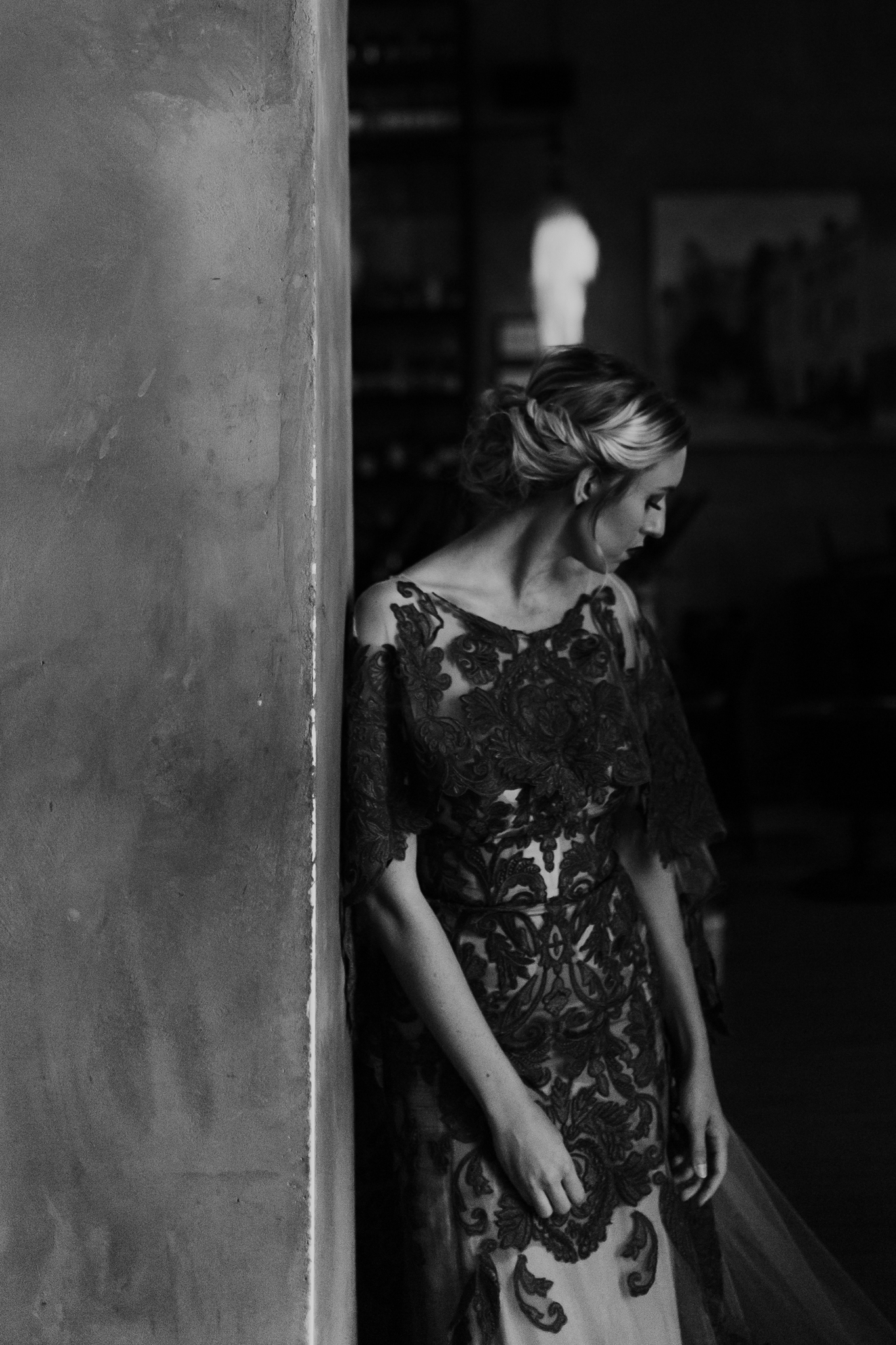 charleston-styled-shoot-wedding-photographer-moody-inspired-south-carolina-columbia-5-34.jpg