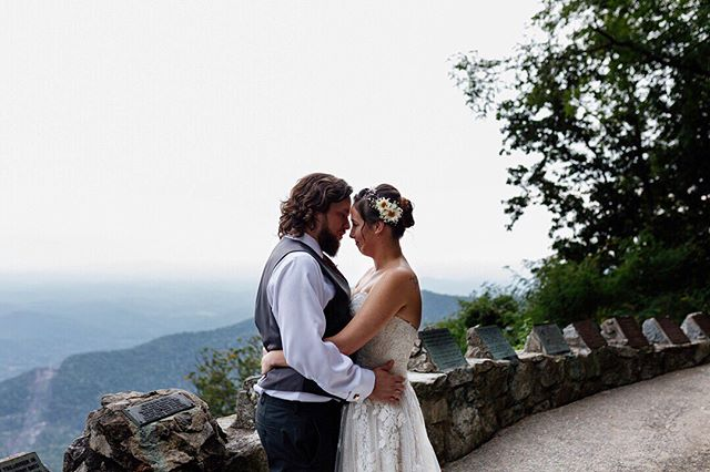 Mountain Monday My heart is melting all over again working on Kelsey & Mark's album! x x x Sent via @planoly #planoly #weddingphotographer #scweddingphotographer #southernweddings #scweddings  #weddingday  #columbiabrideguide #scbride #southernbride #weddingdetails #realweddingday #realweddingdetails #alltheprettydetails #bustldmidlands #moodyweddingphotography #bustldsc #bustld #prettyplacewedding #fallmountainweddings #scmountains #upstateido #bohobride #justmarried #prettyplace #mountaintopwedding #mountainmonday #goexplore #exploremore #agameoftones #artofvisuals