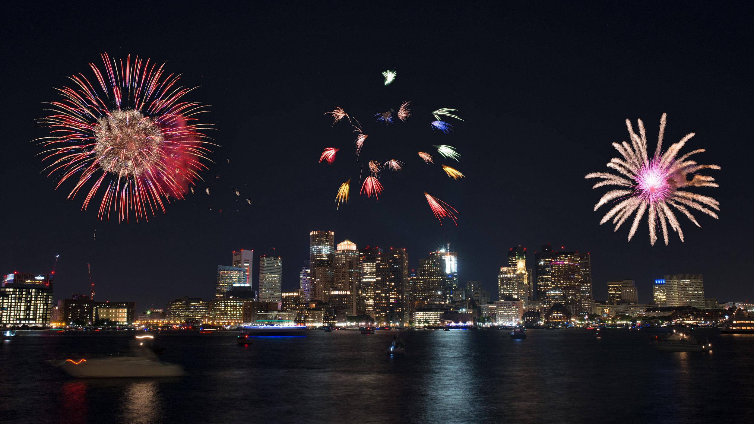 Boston_Harbor_Fireworks_-_Composite_(21189670832).jpg