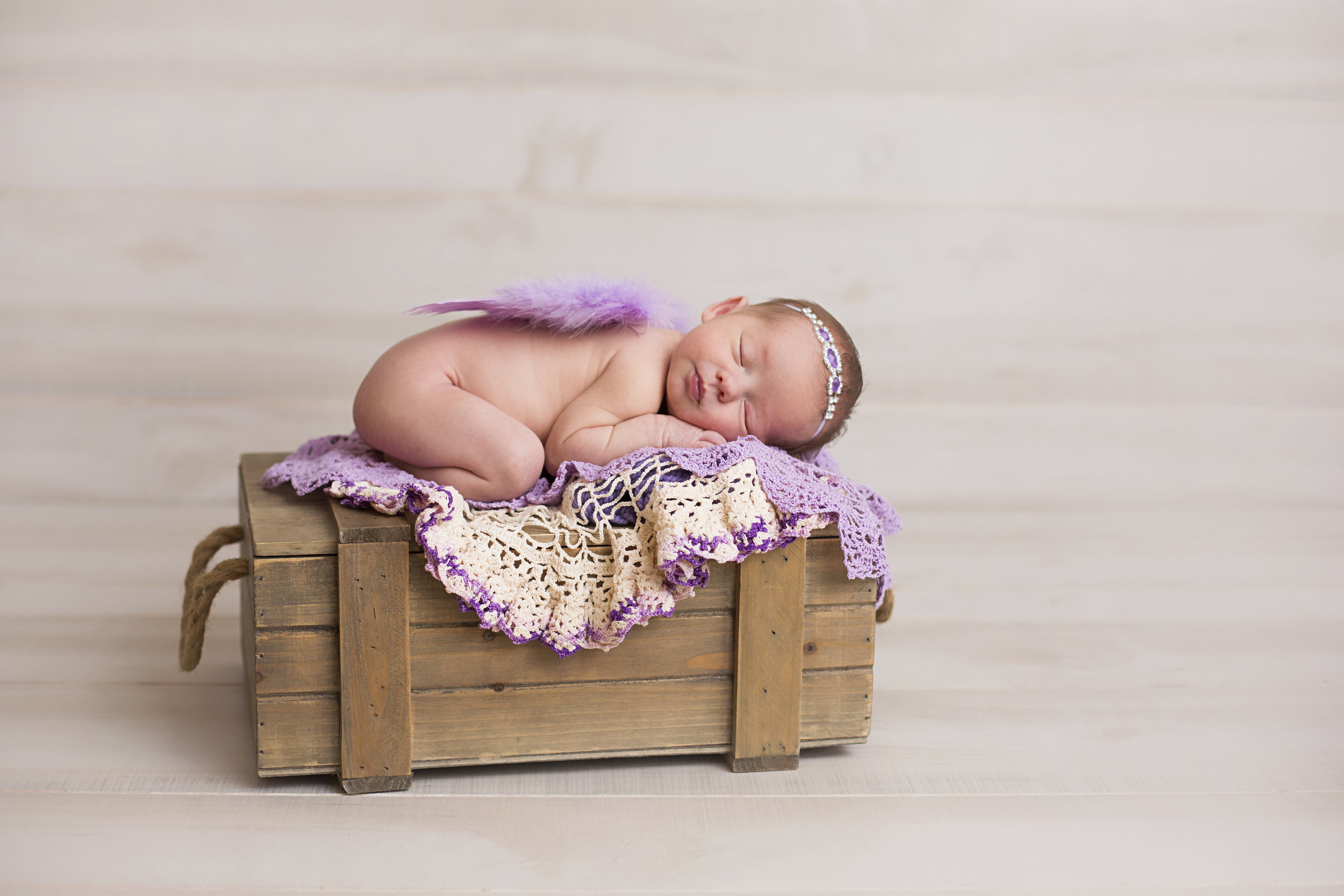 """""""Wow! Lindsey did a great job today! We were very pleased with how patient and caring she was with our baby girl! We highly recommend her!"""" - Terri Wells"""