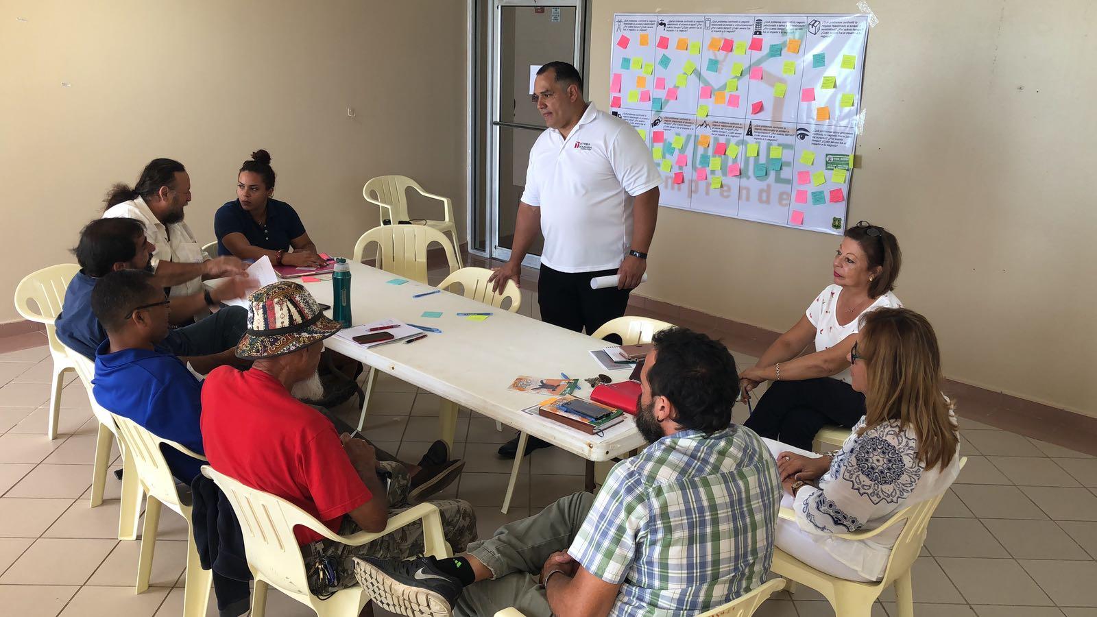 Circuito Empresarial de Vitrina Solidaria y El Yunque en Luquillo #2.jpeg