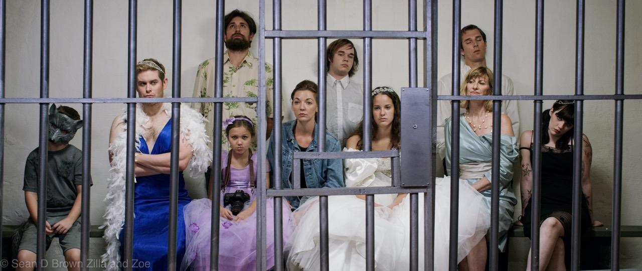 Family Bonding ... in Jail