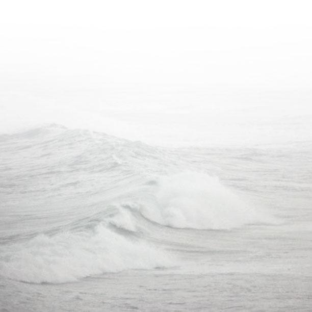 waves_sq.jpg