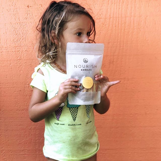 It's easy to get your kids to eat healthy when healthy is delicious 🍌🌴shop our full line of kid friendly snacks on our website 🌊