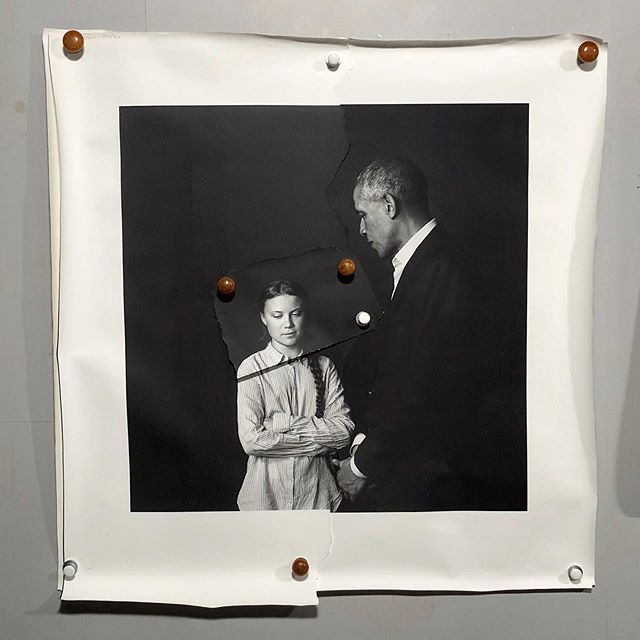 Amazing to see this image as a real photo print✨ This is old school darkroom photography. Second test print at @indigolabbet and I think we are nearly there. Image of #gretathunberg & #barackobama 's meeting in Stockholm by @photographermaxmoden So much looking forward to this framed and for you to see!💫 #blackandwhite #fineartphoto #portraitphotography #historicalphotography #documantaryphotography #climatechangeschoolstrike4climate #climatestrike # #stockholm