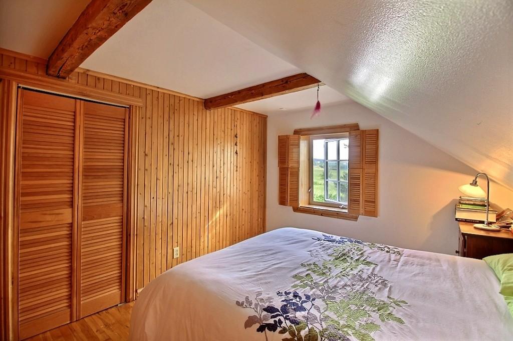 maison-rimouski-219-chemin-du-sommet-chambre-a-coucher-3