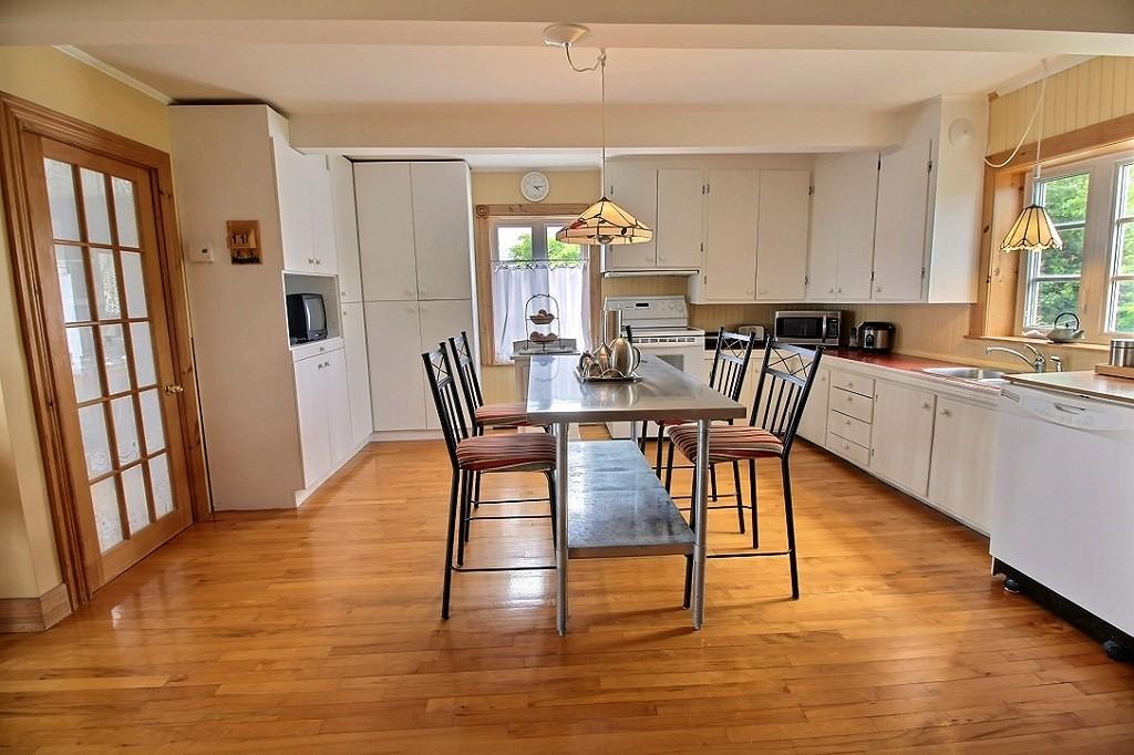 maison-rimouski-219-chemin-du-sommet-cuisine