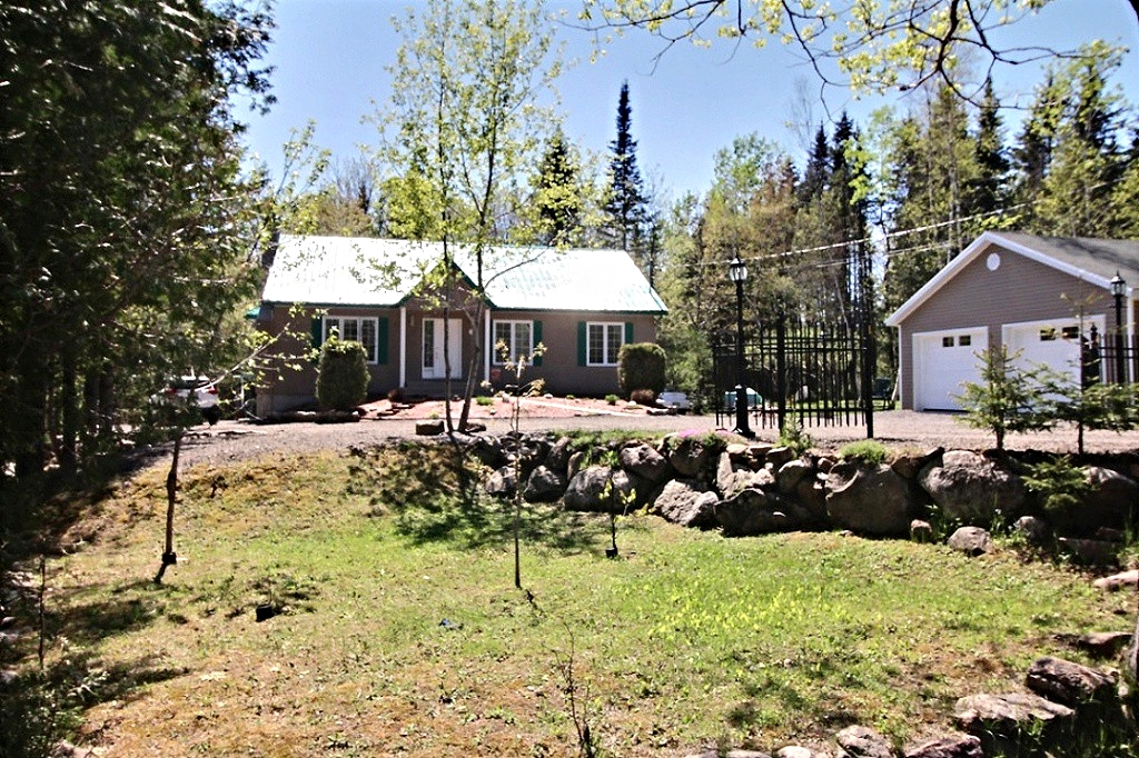 maison-à-vendre-293-chemin-des-lacs-lac-beauport-david-fafard+(37).jpg