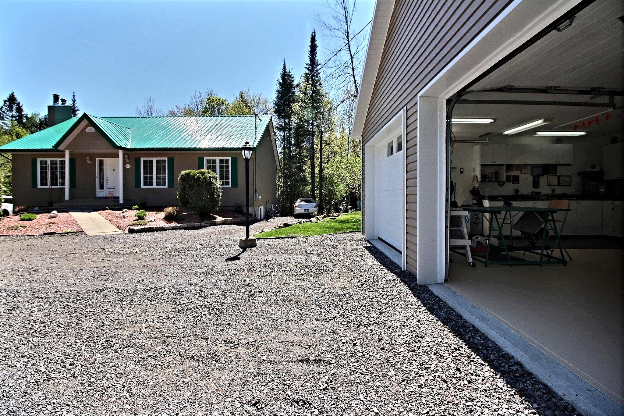 maison-à-vendre-293-chemin-des-lacs-lac-beauport-david-fafard+(35).jpg